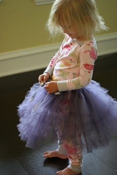 Super adorable Tutu tutorial @ the Prudent Baby blog :)