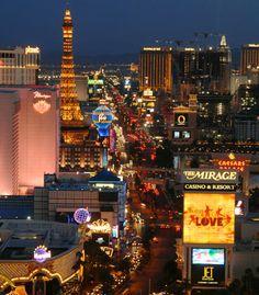 No puede dejar de disfrutar la vida nocturna de Las Vegas