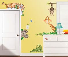 Create a stellar scene in your child's room with Room FX™ Jungle Super Jumbo Apps! Repositionable and removable, these wall clings animate any wall.