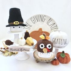 🦃 Sending this adorable little duo off to a new home! Christmas Crochet Patterns, Holiday Crochet, Marshmallow Crafts, Thanksgiving Decorations, Thanksgiving 2013, Crate Decor, Yarn Projects, Crochet Projects, Beaded Garland