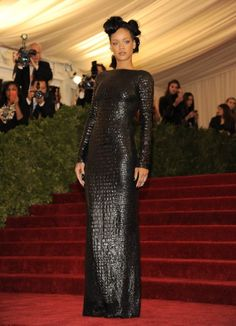 Rihanna chose a backless crocodile dress from the Tom Ford autumn/winter 2012 range.     Few more Tom Ford Collections at http://www.luxebutik.com/tom-ford-m1381