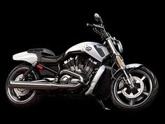 Wyjątkowy motocykl V-Rod Muscle 2013