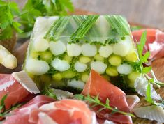 Egy finom Spárga aszpikban ebédre vagy vacsorára? Spárga aszpikban Receptek a Mindmegette.hu Recept gyűjteményében!