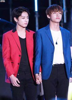 v and Jungkook