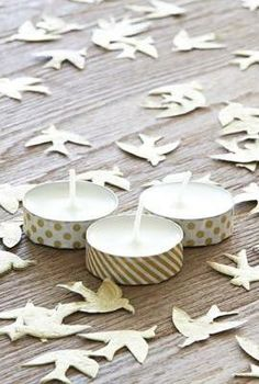 Washi Tape Tea Lights / this is a very good idea! we use tea lights a lot around our house in the winter. Tapas, Duct Tape, Masking Tape, Tape Crafts, Diy And Crafts, Washi Tape Cards, Little Presents, Decorative Tape, Paper Tape
