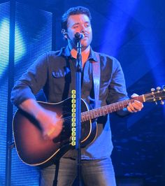 Chris Young at Sherman Theater  Copyright ©2013 Alicia's View On All Things Music All rights reserved