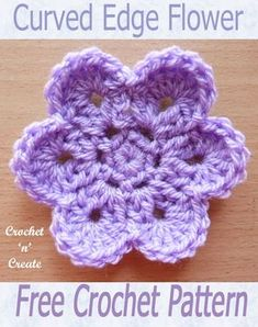 crochet flower patterns Curved Edge Flower, free crochet pattern, add to bags, scarves etc.This curved edge flower is an easy and quick design I am sure you will love. Crochet flowers are great if you want to whip up a small project fast, they pet Crochet Borders, Crochet Motif, Crochet Designs, Crochet Patterns, Loom Patterns, Crochet Shawl, Baby Patterns, Crochet Ideas, Crochet Baby