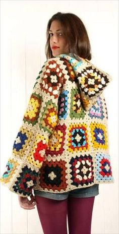 Crochet Afghans Ideas crochet granny square jacket coat free pattern - Here we present to you some of the most lovely looking and eye catching 28 Classic Crochet Granny Square Projects. By looking into these projects you will rea Crochet Jacket Pattern, Crochet Coat, Granny Square Crochet Pattern, Afghan Crochet Patterns, Crochet Afghans, Crochet Squares, Crochet Cardigan, Crochet Motif, Crochet Clothes