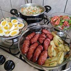 Aí Tem arroz com cenoura e vagem, salada de alface, tomate e cebola, ovos cozido… – Kohlen hydrate Cooking Recipes, Healthy Recipes, Food Goals, Eat Smart, Food Cravings, Soul Food, Food Porn, Pasta, Healthy Eating