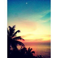"""""""#Goa #Paradise #HeavenOnEarth #rajbagh #awesome #sky #sunset #beach #trip #incrediblegoa"""""""