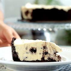 Köstliche Desserts, Delicious Desserts, Dessert Recipes, Yummy Food, Plated Desserts, Oreo Torta, Oreo Cake, Oreo Cheesecake, Cake Cookies
