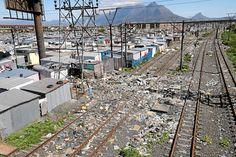 'n Weghol-trein van vernietiging, plundering en sabotasie van SA se spoornetwerk City Photo, Van, People, Vans, People Illustration, Folk, Vans Outfit