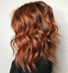 Balayage hair copper, Copper hair, Hair color, Hair color Balayage hair, Hair cuts - RG salon ・・・ It& not a party till the redhead shows up! Hair Color 2018, Ombre Hair Color, Lob Ombre, Balayage Hair Copper, Copper Ombre, Auburn Balayage, Balayage Hairstyle, Lob Hair, Easy Hairstyle