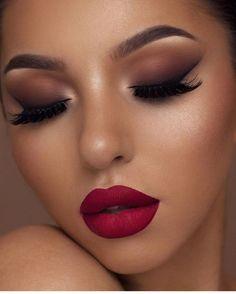 HUDA BEAUTY Huda Beauty Desert Dusk Eyeshadow Palette.Afflink.