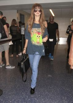 11 Looks da Selena Gomez por aí - Fashionismo