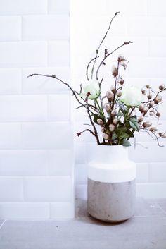 Bathroom Modern Industrial White Interiordesign Tiles Flowers Rustic