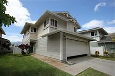 A great home for a perfect price. Don''''t miss this opportunity to own a wonderful home with a view that will set you at ease everyday. Spacious living room and kitchen area. Backyard that has tons of potential and unique stone paving. Close to great beaches, golfing, and the community park and pool. Bank has approved list price. This is a Short Sale.