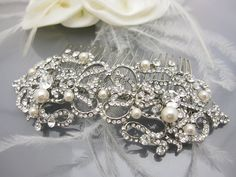 Pearl hair comb Bridal hair comb Wedding hair comb by Amoretto