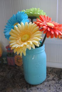 Naptime Decorator: Spray Painted Mason Jars (and my favorite spray paint of ALL TIME)