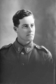 1/4 portrait of Mr Clark in uniform / Auckland Libraries