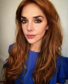 Julieta Nair Calvo Long Hair Styles, Celebrities, Hot, Beauty, Cute Girls, Grooms, Hair And Beauty, Hair, Make Up