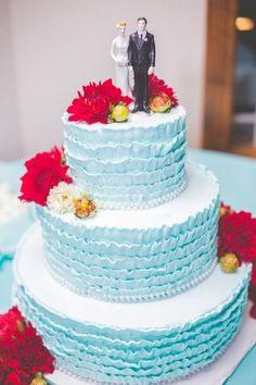 23 blue wedding cake ideas sky blue weddign cake with ruffled frosting and bright