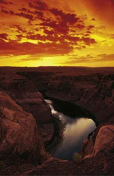 an analysis of the metaphor of the grand canyon He battled then-commissioner floyd dominy over grand canyon dams,  plethora of statistics in the book as evidence for his analysis  like metaphor,.