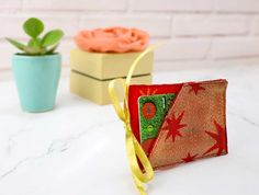 If you love beautifully presented gifts then you are going to love this tutorial. It makes giving a gift card, or tickets to an event, into a statement, rather than just handing over an envelope. You sew this pretty Christmas… Read more ...