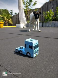 Honey I blew up the dog, or Honey I shrunk the truck? Paper Models, Pixar, Honey, Trucks, Dogs, Paper Templates, Pixar Characters, Doggies, Track