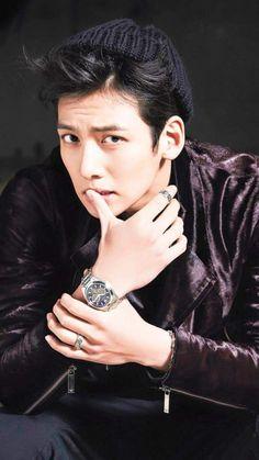 ❤❤ 지 창 욱 Ji Chang Wook ♡♡ that handsome and sexy look . Ji Chang Wook Abs, Ji Chang Wook Smile, Ji Chang Wook Healer, Ji Chan Wook, Hot Korean Guys, Korean Men, Asian Men, Asian Actors, Korean Actors
