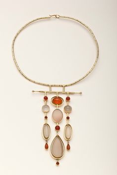 Wendy Ramshaw, UK: 18Kt gold and gemstone neckpiece (1972)