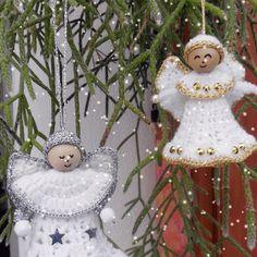Het is bijna Kerstmis! Hier nog snel een gratis patroon voor lieve kleine engel van wol. Ideaal als boom ornament, of gewoon als een...