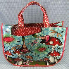 Funky Shopping Bag Elsa with Fly Agaric - MiaDeRoca Elsa, Pumpkin Squash, Evening Bags, Gnomes, Purses And Bags, Shopping Bag, Diaper Bag, Stuffed Mushrooms, Cherries