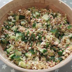 Healthy Recipes salade concombre quinoa feta menthe 1 - Cucumber is coming! Veggie Recipes, Salad Recipes, Diet Recipes, Vegetarian Recipes, Cooking Recipes, Healthy Recipes, Feta, Healthy Cooking, Healthy Eating