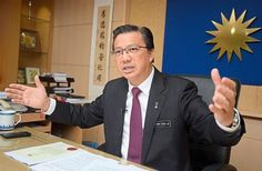 Interview Datuk Seri Liow Tiong Lai as Minister of Transport on belt-road projects in ports and airports in Malaysia, and how it will help Malaysia for the next 10-20 years at Wisma MCA,KL.The Star/Sia Hong Kiau