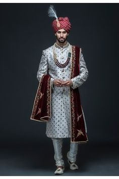 Ivory zari embroidered sherwani set by Gujralsons Sikh Wedding Dress, Wedding Dresses Men Indian, Wedding Outfits For Groom, Men Wedding Fashion, Wedding Suits, Wedding Attire, Indian Wedding Poses, Groom Fashion, Bridal Outfits