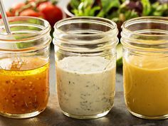3 recipes for low-calorie salad dressings - Soßen - Salat Rezepte Vinaigrette Dressing, Salad Dressing Recipes, Ranch Dressing, Salad Recipes, Types Of Salad Dressing, Low Carb Salad Dressing, Syrup Recipes, Avocado Dressing, Tea Recipes