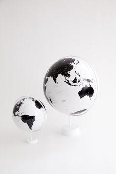 b & w globes