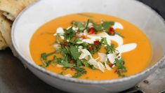 Sweet potato and carrot soup with coconut milk. Soup Recipes, Vegan Recipes, Dinner Recipes, Cooking Recipes, Cooking Ideas, I Love Food, Good Food, Clean Eating, Food Inspiration