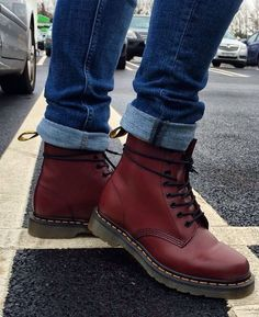 1000  ideas about Doc Martens Outfit on Pinterest   Dr martens outfit, Dr martens style and Grunge style