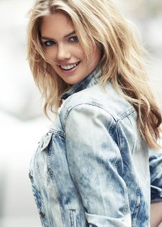 Kate Upton rocking an acid wash jacket. #expressjeans