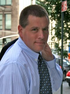 In the Race Among PR Vehicles, Mobile Starting to Pull Ahead  Help a Reporter Out founder Peter Shankman provides three tips on how to best reach the mobile journalist—Help a Reporter Out founder Peter Shankman provides three tips on how to best reach the mobile journalist.