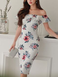 Off Collar Flouncing Jag Dresses_Strapless&Tube Dress_DRESSES_Wholesale clothing, Wholesale Clothes Online From China Dubai Fashion, Tube Dress, Wholesale Clothing, Summer Collection, Outfit Of The Day, Like4like, Strapless Dress, Actresses, Stylish