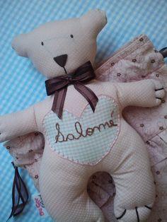 Urso modelo Tilda feito em tecido 100% algodão R$18,00