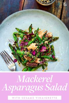 We're on a mission to convert everyone we know into a tinned fish fanatic, starting with this mackerel asparagus salad with sesame vinaigrette. Healthy Meal Prep, Healthy Salad Recipes, Healthy Snacks, Fish Recipes, Chicken Recipes, Mediterranean Couscous, Asparagus Salad, Fish Salad, Low Carb Diet