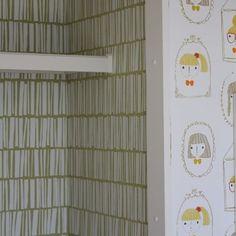 WEBSTA @ naomi_ishiyama - *可愛いい壁紙を施工しました!女の子5人の共同ウォークインクローゼット♡・#house #reform #walkincloset #forgirls#scion #sangetsu #interiordesigner#wallpaper