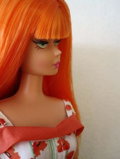 1Modern Circle Barbie I own this doll>>>Lecia