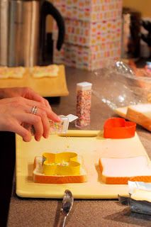 Painting Paris Pink: {Party Feature Thursday} How To Make Fairy Bread