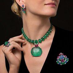 Amazing @cartier high jewelry set.