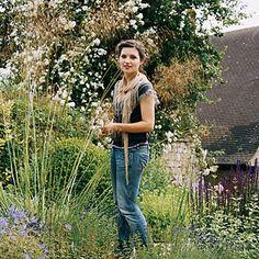 Domino: How to Create a (modern) English Garden : Brides